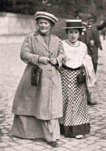 Clara Zetkin ve Rosa Luxemburg Ocak 1910'da